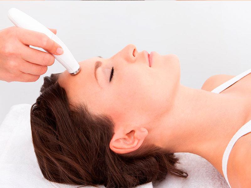 Tratamiento Facial de Microdermoabrasión   Luz Spa
